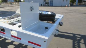 Murray Trailers | Gooseneck Tool Boxes & Spare Tire Mount