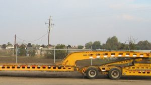 Murray Trailers | D9 Bulldozer loading over the back