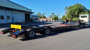 "Murray Trailers | 21' 6"" Deck HD Read End Long Tail"